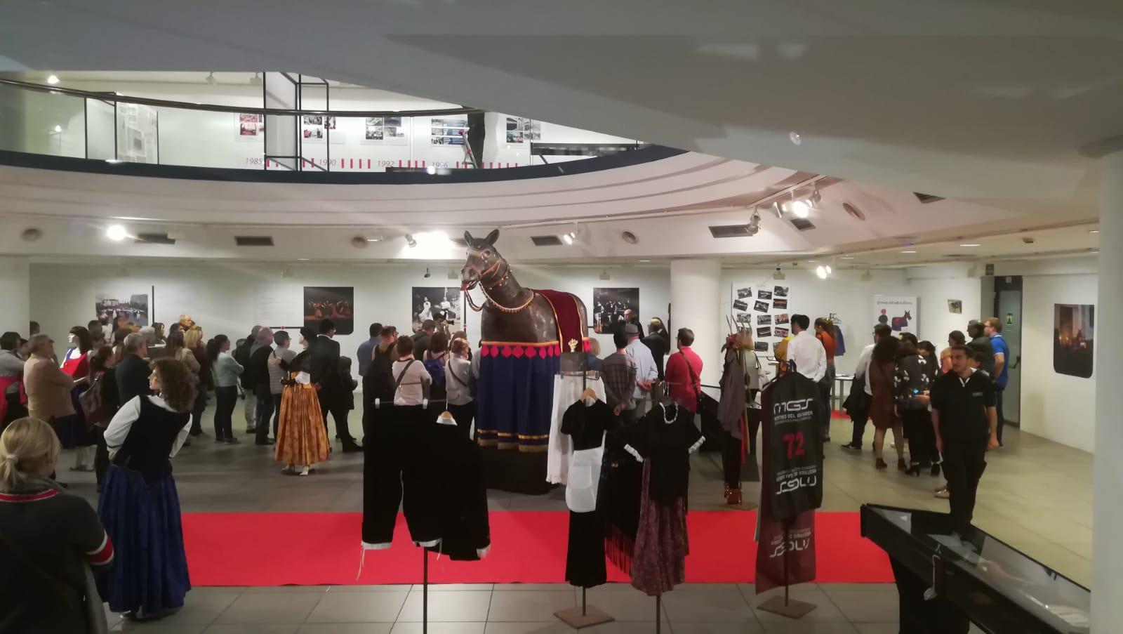 Inaugurada l'exposició del 10è aniversari